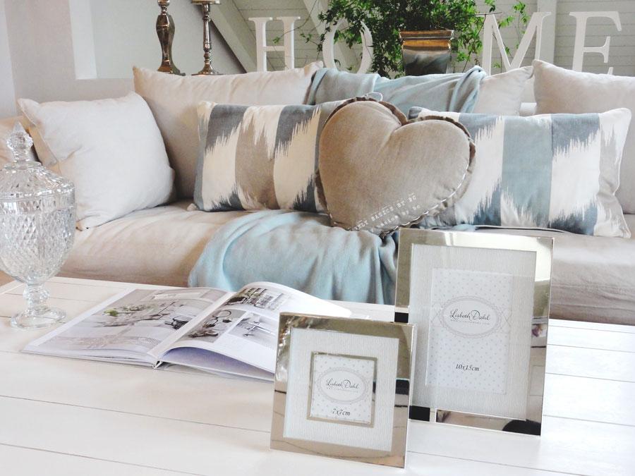 das perfekte sofa. Black Bedroom Furniture Sets. Home Design Ideas